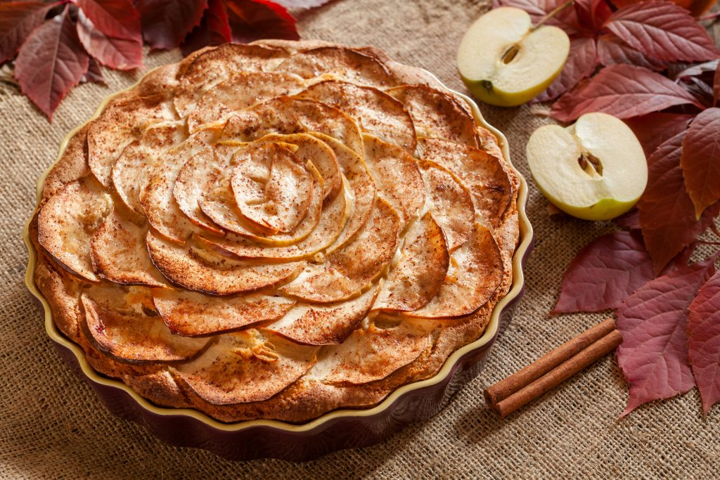 Gourmet traditional holiday apple pie sweet baked dessert food w