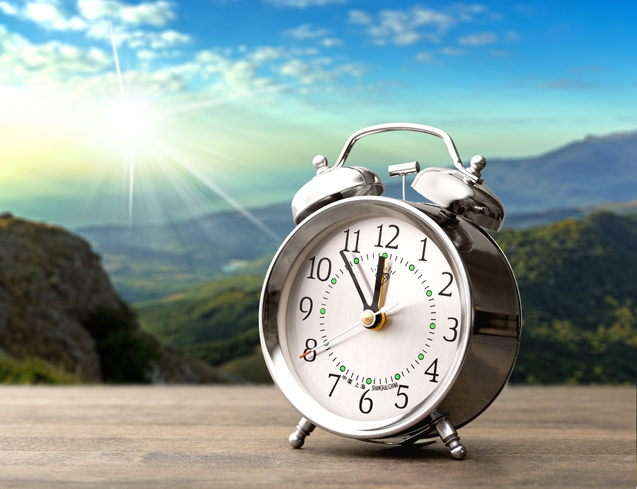 Seniors, Caregivers and the End of Daylight Savings Time Send Bonus